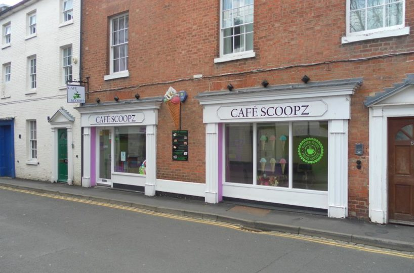 Cafe and Ice Cream Parlour Located In Warwick