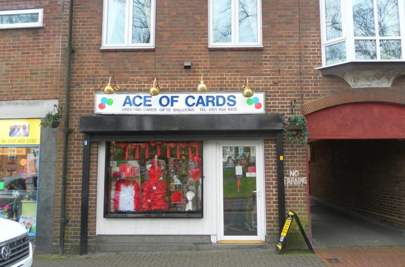 Greeting Cards/Balloons and Gifts Shop Located In Kings Norton