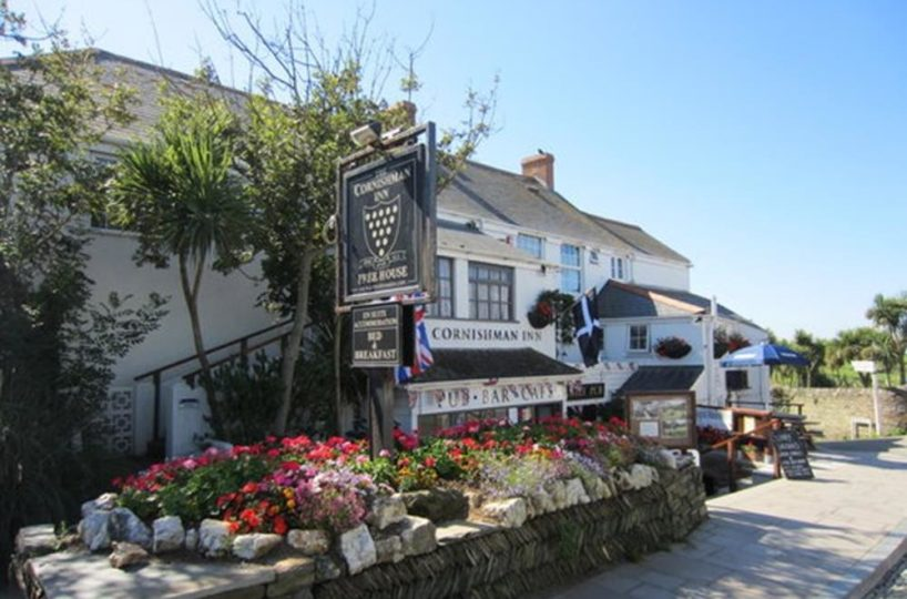 Leasehold Freehouse/Restaurant and Inn Located In Tintagel