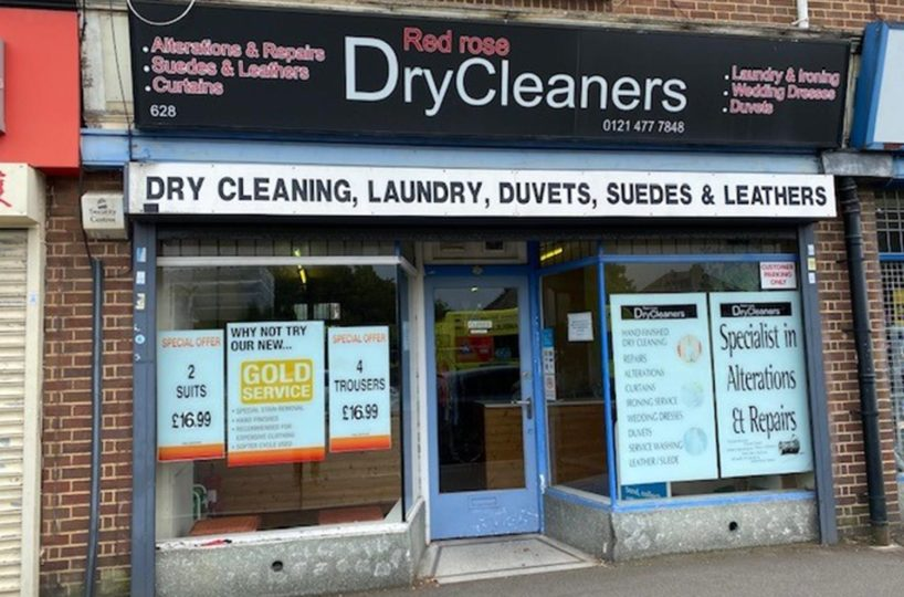 Dry Cleaners & Laundry Services Located In Northfield