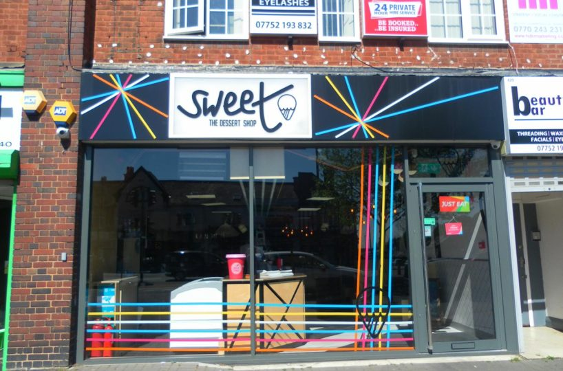 Independent Ice Cream and Dessert Parlour Located In Sutton Coldfield