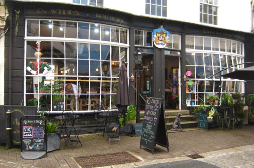 Licenced Café Bar Located In Falmouth