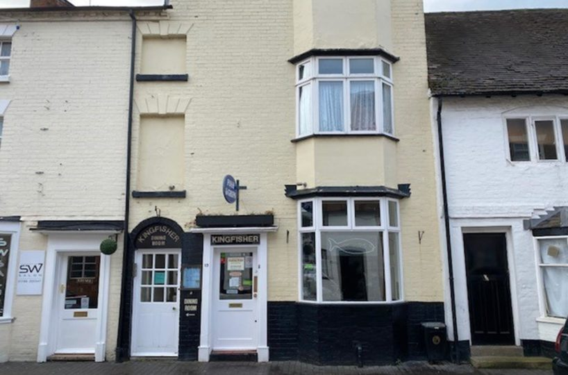 Traditional Fish and Chip Restaurant and Takeaway Located In Stratford Upon Avon