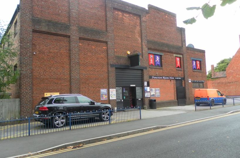 Leasehold Sports Bar/Entertainment Venue Located In Tamworth