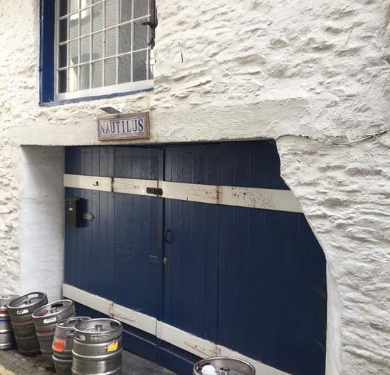 Vacant Freehold Commercial Retail Premises Located In Mevagissey