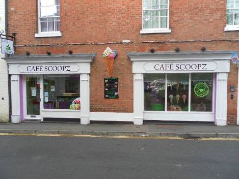 Ice Cream Parlour and Cafe In Warwick For Sale